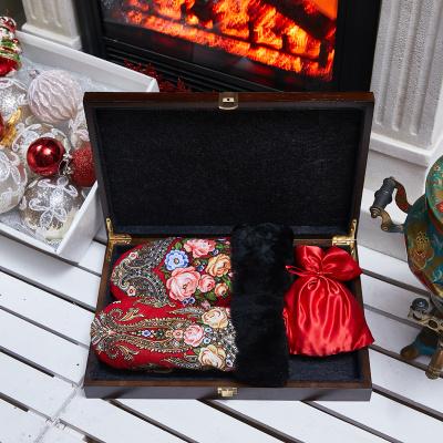 Подарочный набор с чаем «Традиции»