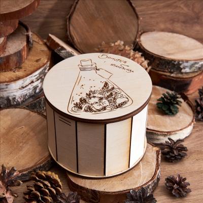 «Баночка с волшебством» - шкатулка из дерева