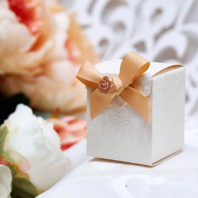Свадебная бонбоньерка с драже 5050