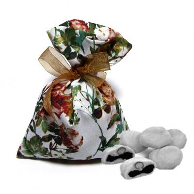 Драже чернослив в белом шоколаде